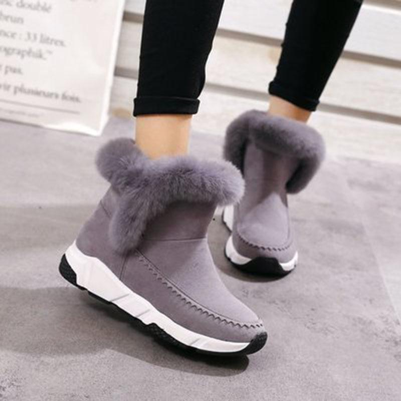 fd58e607de8 2019 New Travel Sneakers Women Snow Boots Winter Outdoor Shoes Platform  Keep Warm Ankle Hiking Shoes With Thick Fur Heels Botas Mujer From Cutport
