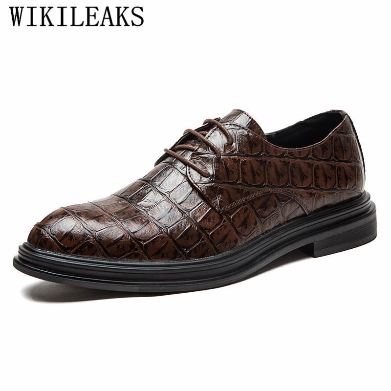 21437472474e2 Compre Zapatos De Vestir Para Hombre Zapatos De Cuero De Marca Formal  Cocodrilo Zapatos De Hombre De Vestir Formal Coiffeur Sapatos Social A   46.8 Del ...