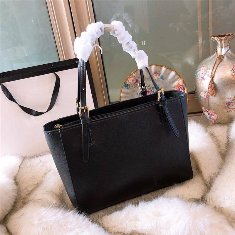 f25f3595c39f 2018 Famous brand Designer fashion women bags luxury bags jet set travel  lady leather handbags purse shoulder tote female