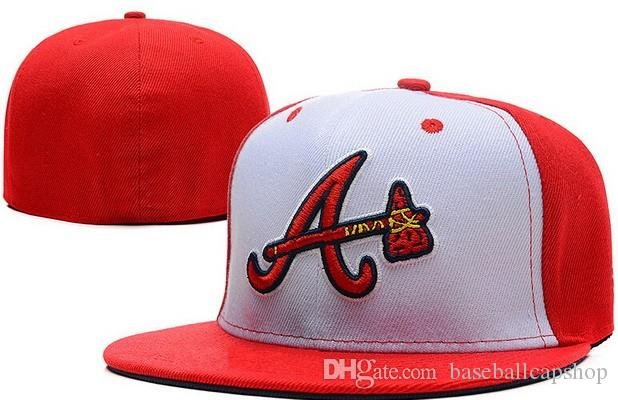 Wholesale Cheap Fitted hat in basball caps Braves Fitted Hats Baseball Cap Flat-brim Hat Team Size Baseball Cap Classic Retro Fashion Chapeu