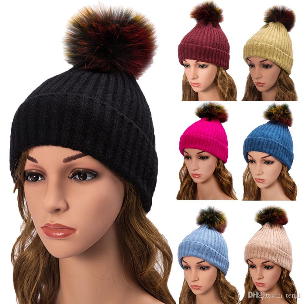 2018 New Womens Warm Crochet Knitted Beanie Hats Punk Style Faux Fur Ball  Winter Raccoon Fur Pompom Hat Cap Haar Accessoires Slouchy Beanie Skull Cap  From ... 825dcdbf362