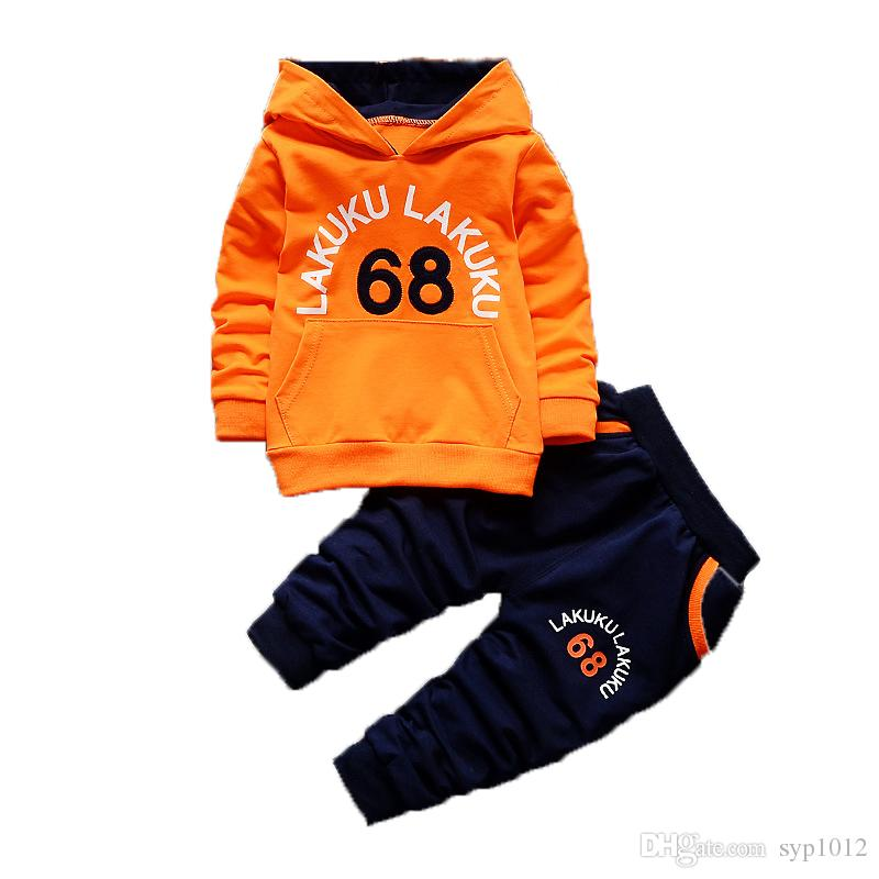 Acquista 2018 Autunno Bambini Moda Sport Abbigliamento Primavera Bambino Ragazzi  Ragazze Cartoon Set Di Cotone Bambini T Shirt Pants 2 Pz   Set Tute A ... a573a66f920