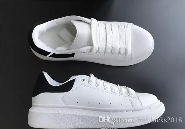 233a6324be Compre 2018 Best Designer Comfort Pretty Girl Zapatillas De Deporte De Mujer  Zapatos De Cuero Casuales Colores Sólidos Hombres Zapatillas De Deporte Para  ...