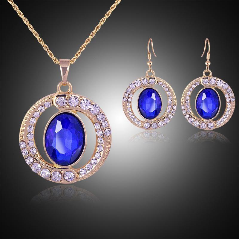 Compre Azul De Cristal De Diamante Anel Pingentes De Colar Brincos  Conjuntos De Jóias Com Corrente De Ouro Para As Mulheres Do Presente Da Jóia  Da Dama De ... 65050ad36f