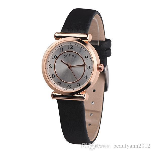 b583824be91 Compre Mulheres Relógios 2018 Luxo Top Marca De Moda De Design Retro  Pulseira De Couro De Quartzo Relógio De Pulso Das Senhoras Relógios  Femininos Relogio ...
