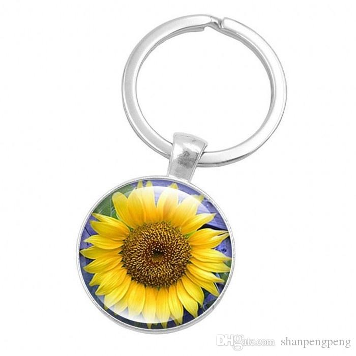 2019 new you are my sun alloy keychain, personalized glass pendant crystal keychain, sunflower photo keychain, flower key chain household it