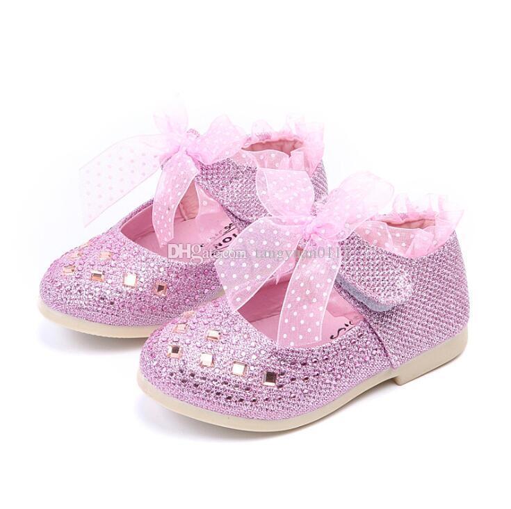 bb8a47ed4fc39 Acheter 2018 Nouveautés Enfants Bébé Filles Princesse Chaussures En Cuir PU  Mode Cristal Filles Bébé Bambin Chaussures Fond Mou Chaussure Infantile De  ...