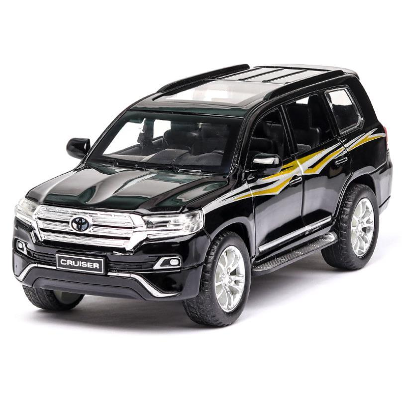1:32 2019 Novo Estilo Toy Car Toyota Land Cruiser de Metal Toy liga do carro Diecasts Toy Vehicles Car Toys modelo para