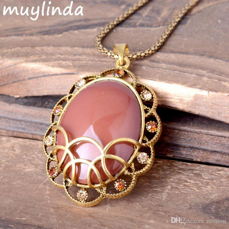 Retro Imitation Stone Pendants Necklace Jewelry Antique Metal Sweater Chain Necklace For Women