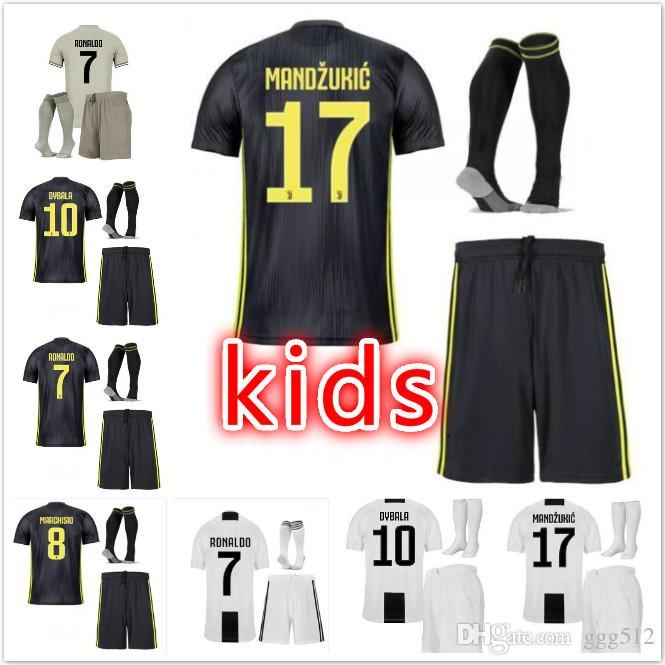 666f7aa21cf 18 19 New Juventus Kids Soccer Jersey 1819 Juventus RONALDO ...
