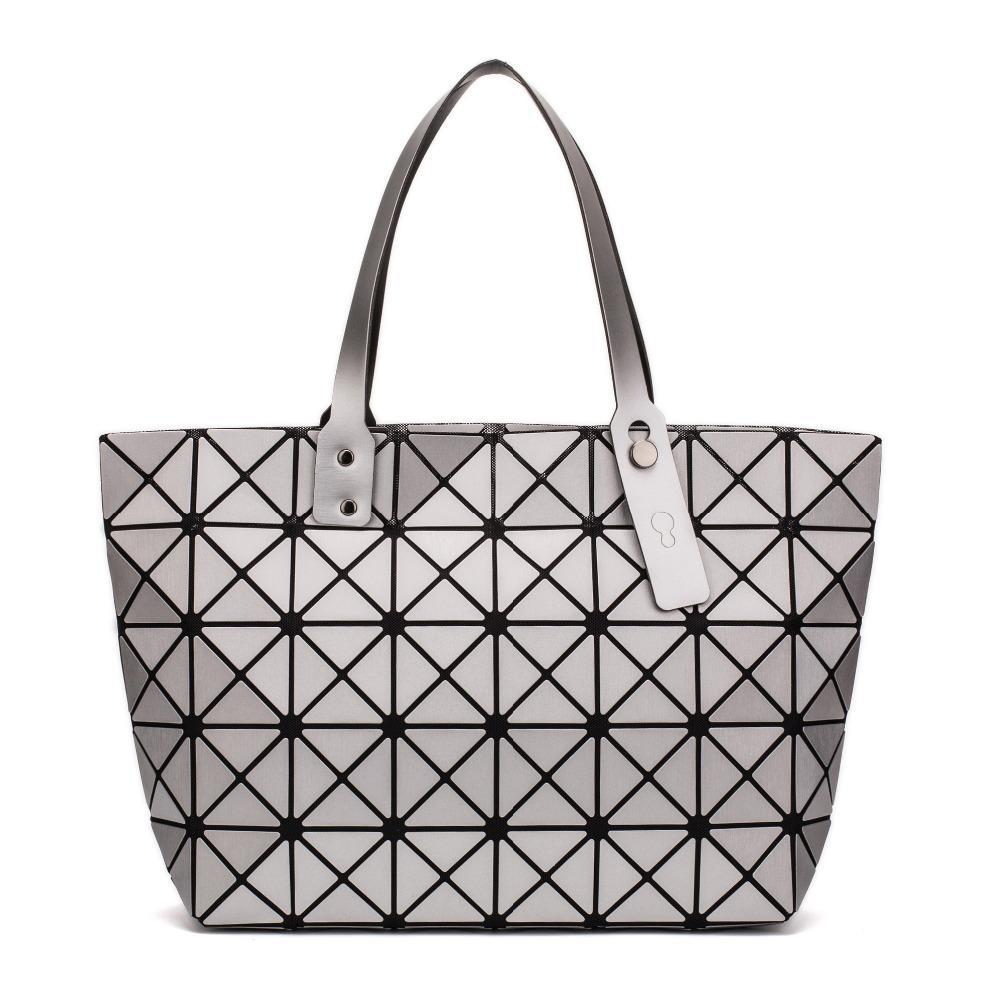 2019 New Fashion Luminous Sac Bao Bag Diamond Tote Geometric Quilted ... 64a3977e8977d