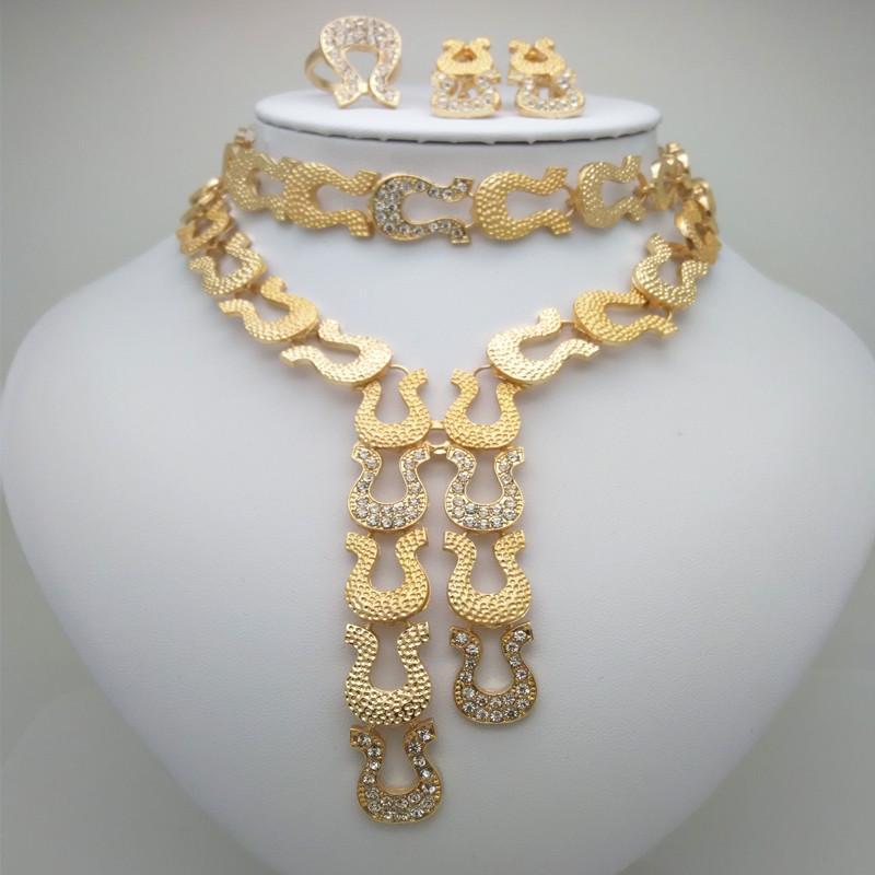 5f6e53437904 Compre Venta Al Por Mayor De Moda Perlas Africanas Joyería Conjunto Nigeria  Dubai Joyería De Oro India Cubic Zirconia Conjuntos Nupciales A  34.69 Del  Huazu ...