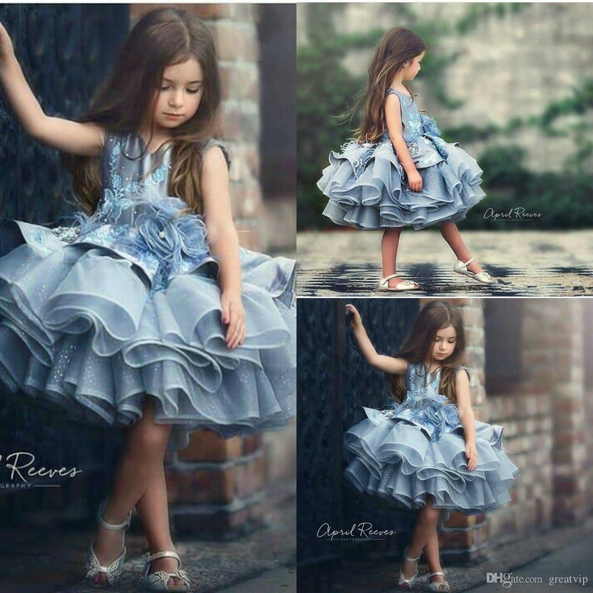 0f600bda59eb0 Acheter Bleu Fleurs Courtes Filles Pageant Robes Paillettes Bijou Jupes À  Niveaux Mini Enfants Tout Petits Robes De Fête D anniversaire Princesse Robe  De ...