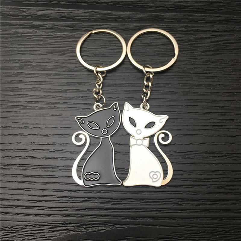 Creative Black White Cat Couple Keychain Wedding Car Key Ring Small Gift Accessories Valentine Day Gift