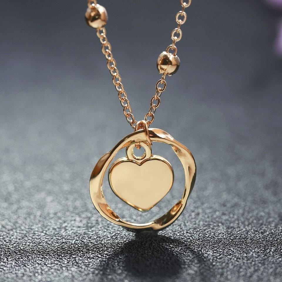 2019 Custom Special Hanging Heart Necklaces Pendants Women Romantic Factory  Made Wedding Necklace Gold Chain Jewelry From Copy04 b69f9284541d