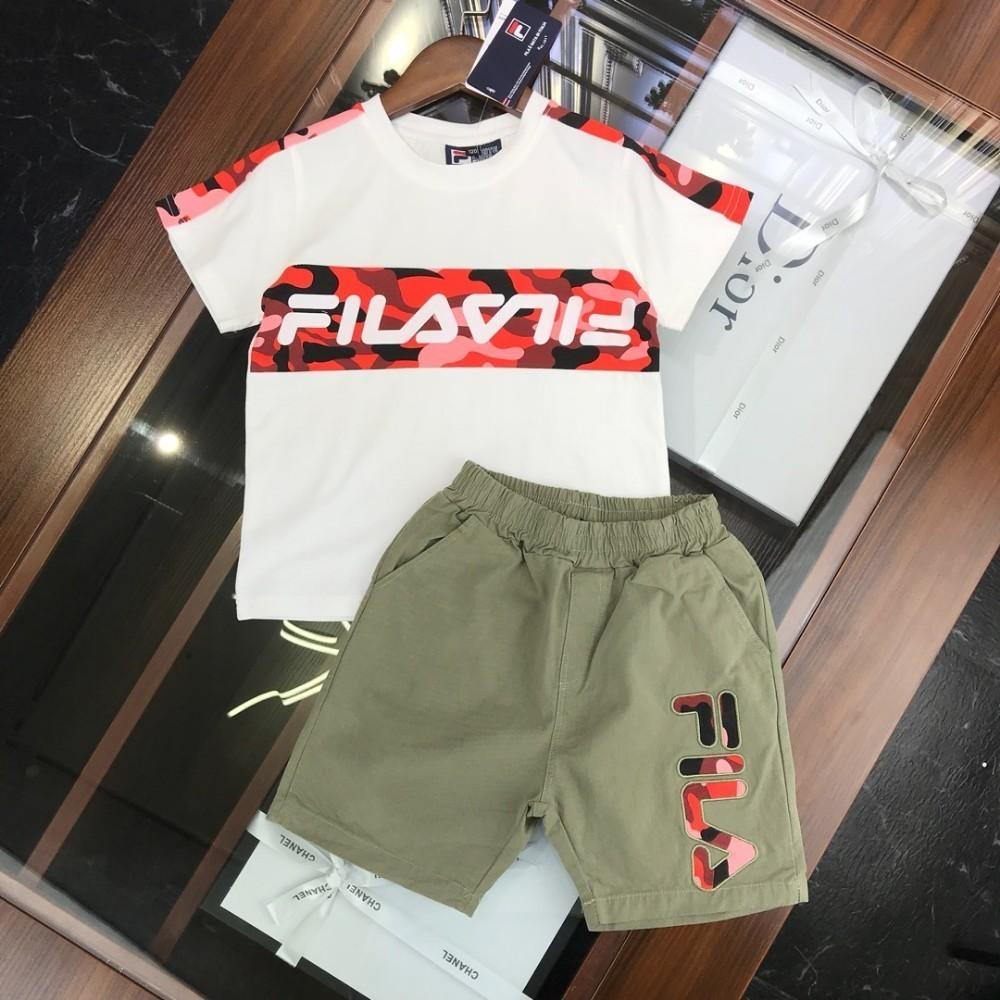 Fi Summer children's suit short-sleeved shorts and horses three-dimensional embroidered simple and stylish suit