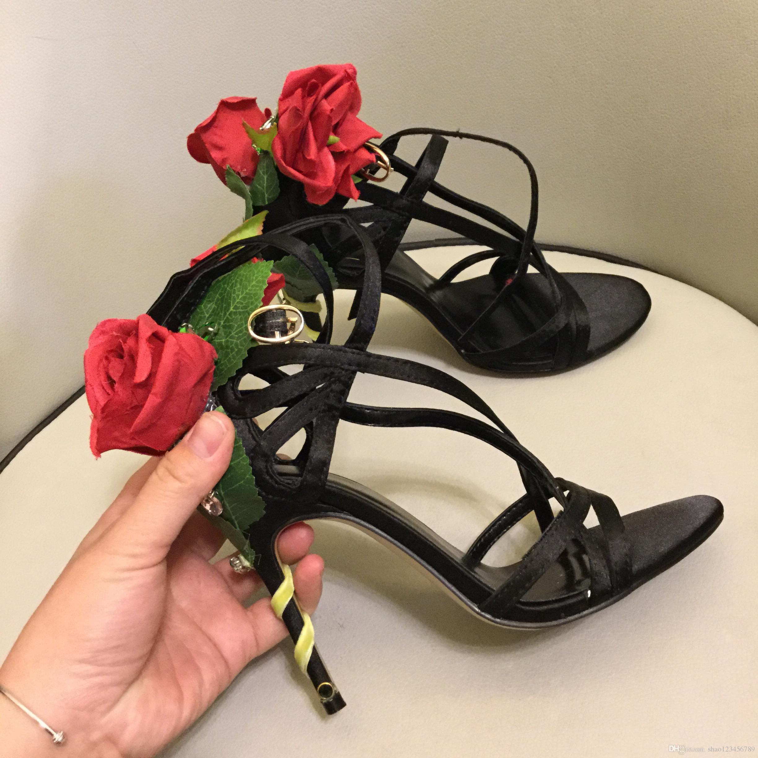 2019 Rose Flower Stiletto Heel Wedding Pumps Pink Satin Zapatos de novia Mujeres Tallas grandes Zapatos de vestir