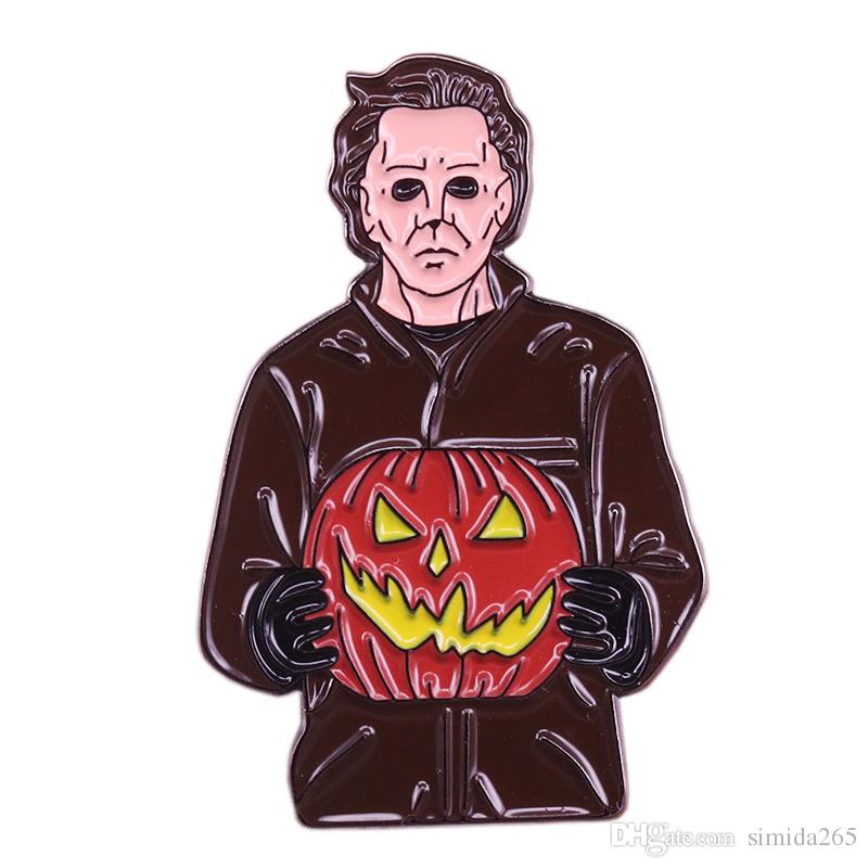 Michael Myers brooch murder mask Jack-o-lantern badge 70s horror movie pin perfect accessory for Halloween horror party