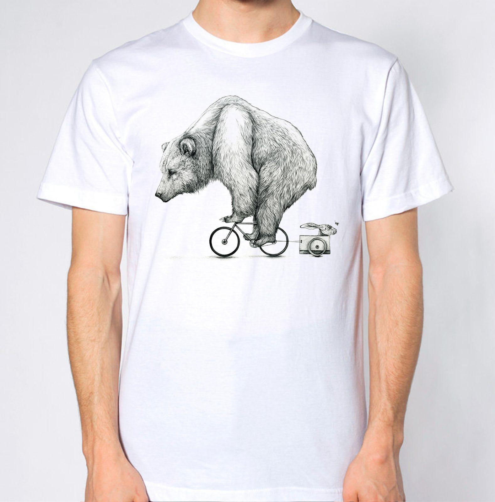 Bear Riding a Bike New T-Shirt Funny Animal Lover Tee Cute Top Graphic Divertente spedizione gratuita Unisex Casual