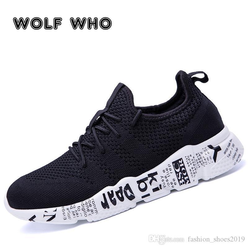 0220dc7373 Compre WOLF WHO Tecido Homem Sapatos Casuais Sapatilhas Masculinas  Respirável Tenis Masculino Sapato Zapatos Hombre Sapatos Plus Size Sapatos  De Caminhada W ...