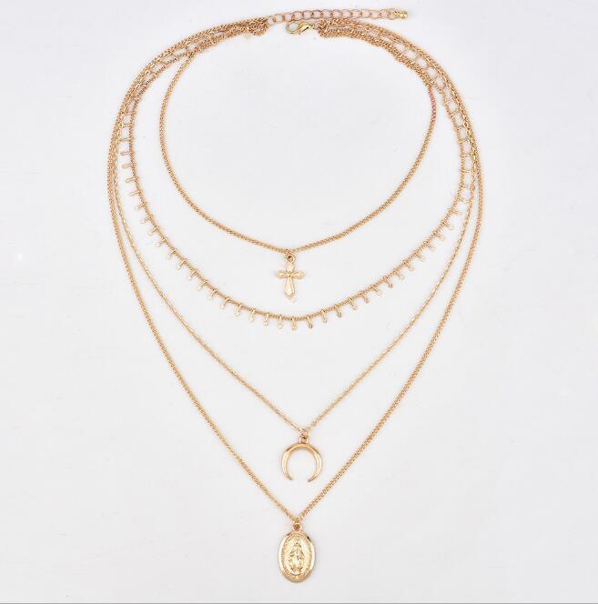 bca0dafffaaa Collar de múltiples capas collar de Bohemia cruz luna colgantes colgantes  de moda para las mujeres oro Chunky cadena 4 diseños accesorios hechos a ...