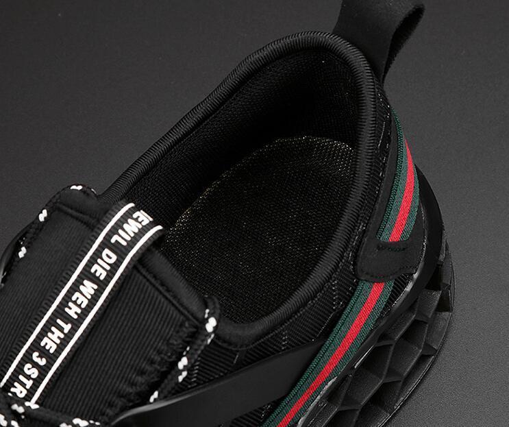 En ucuz erkek blade spor ayakkabı son sürümü uçan dokuma nefes örgü ayakkabı Dantel-up tank koşu ayakkabı 7-12 ücretsiz denizcilikte