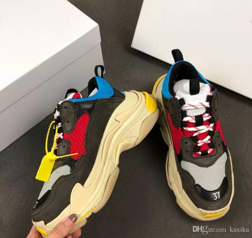 Compre 2019 Moda Paris 17FW Triplo S Sapatilha Triplo S Casuais Luxo Pai  Sapatos Para Mulheres Dos Homens Bege Preto Tênis De Corrida De Tênis  2018112118 De ... 0c7c909d8c387