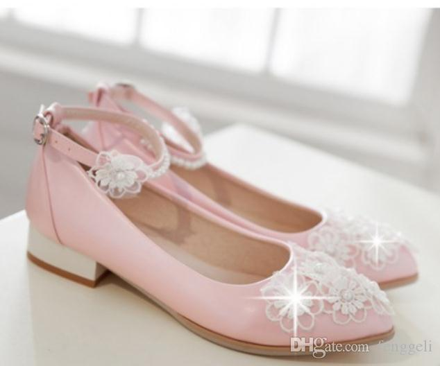 2019 Women's shoes in Spring and Autumn with New style Low heel pointed end Lace flower #150