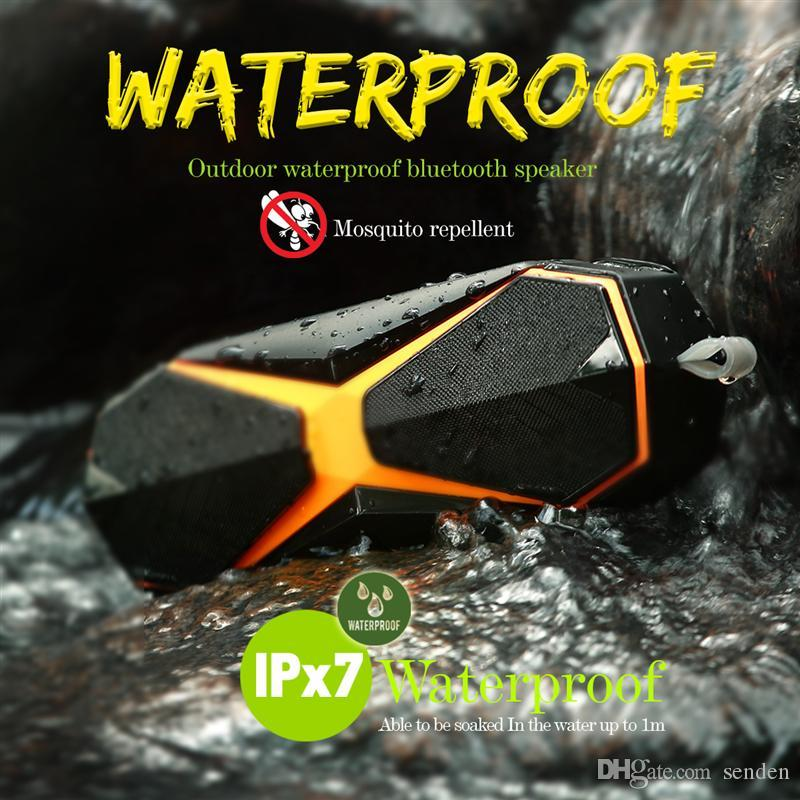 IPX7 Wasserdichte Bluetooth Outdoor Sports Drahtlose Lautsprecher 8 Watt 2400 mAh Super Bass 3D Stereo Lautsprecher Unterstützung TF AUX mit Mückenschutzmittel
