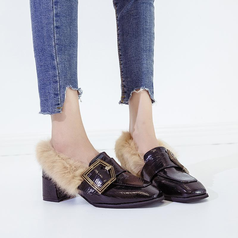 Designer Dress Shoes Donna 2019 Autunno Primavera New Fur Square Tacchi Quadrati stile coreano Indossando capelli di coniglio Singolo Black Pumps Women