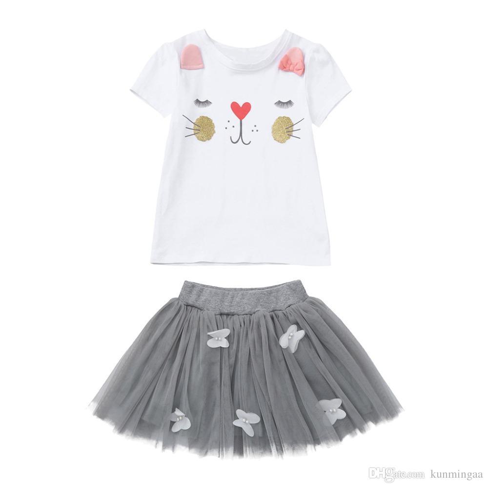 b408d421a Compre Conjuntos De Ropa Para Niñas Nuevo Estilo De Moda De Verano Gatito  De Dibujos Animados Camisetas Estampadas + Vestido De Net Veil Ropa Para  Niñas ...