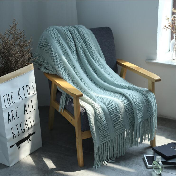 Crochet Plaid Soft Knitted Rug Throw Blanket for Sofa Travel Blanket For Bed Sofa Throws Bedspread Thermal Warm Man Blanket Christmas Gift