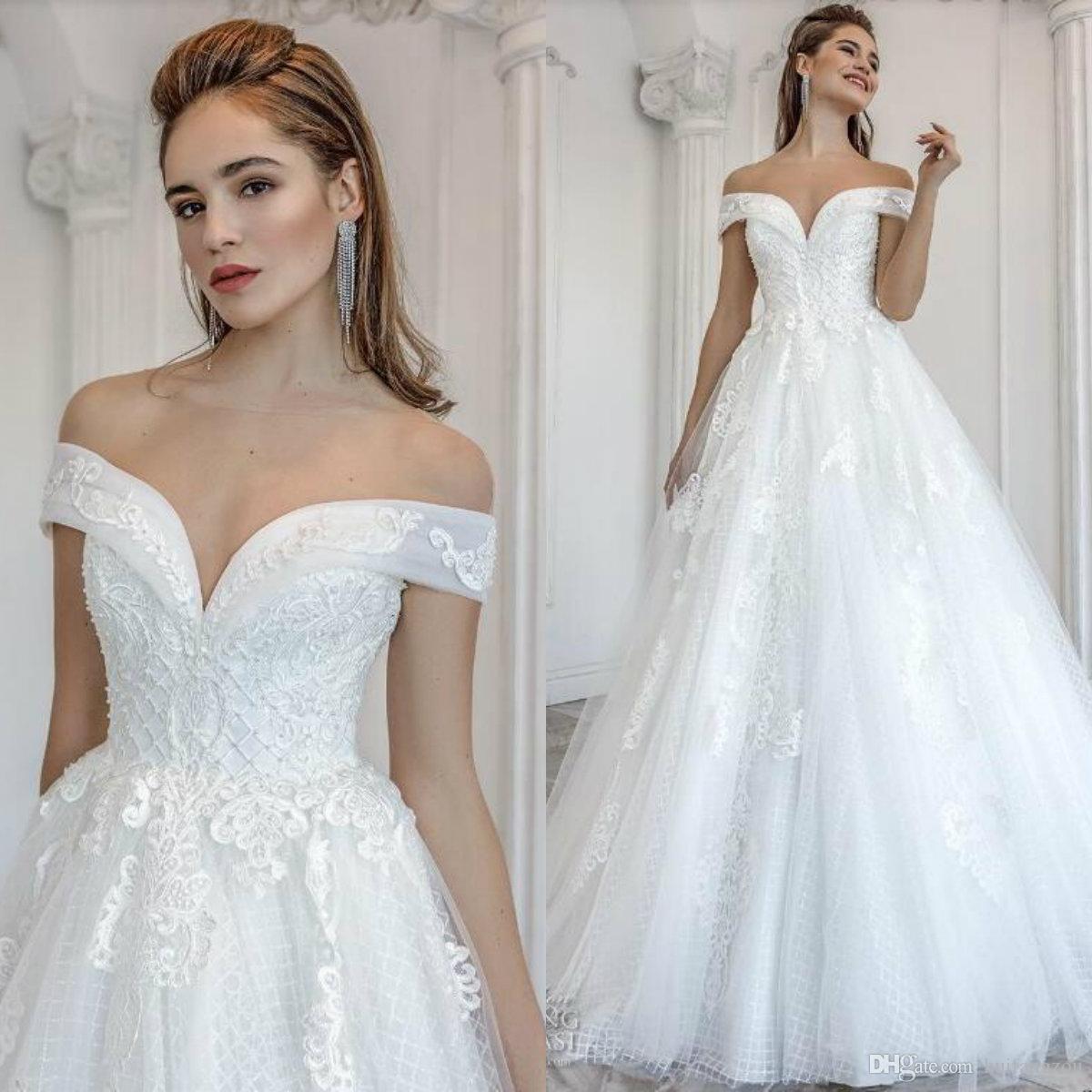 c55ab6e38f7 Discount 2019 Designer Wedding Dresses Robe De Mariée 2019 Off Shoulder Lace  Applique Tulle Beach Wedding Dress Lace Up Sexy Bridal Gowns Cheap Design  Your ...