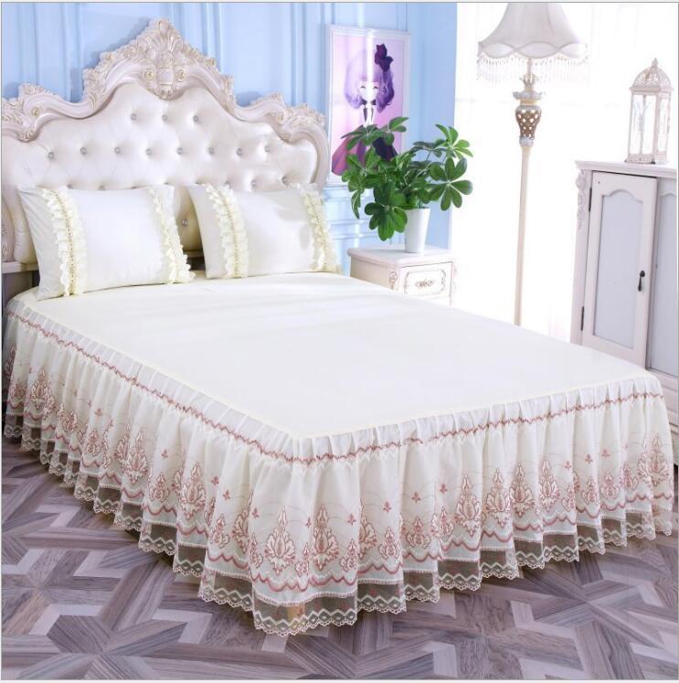 Großhandel Romantische Blüte Muster Einfarbig Bett Tagesdecke Rock