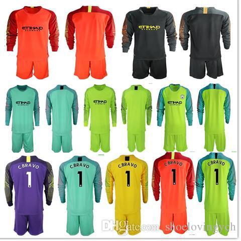 Compre 2018 19 Camisetas De Fútbol Equipo De Portero GK Camiseta Hombre   1  C.BRAVO EDERSON   31 Uniformes De Portero Ciudad De Fútbol KUN AGUERO Kit  De ... d1da7a87c7682
