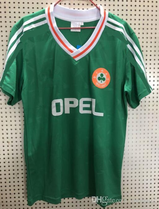 Camiseta De Fútbol De Irlanda Retro Jersey Camisetas De Fútbol De Local De  Visitante Camiseta Verde De Fútbol Versión Retro De Irlanda Por Zhuhao2 51c3954e2914d