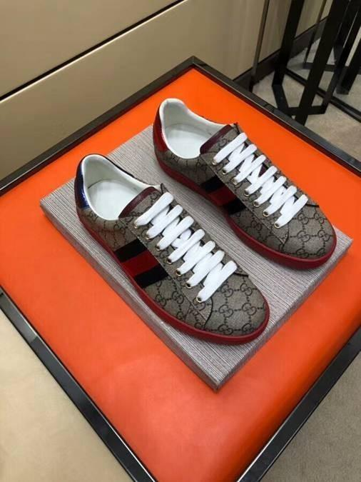 wholesale dealer 8e059 4b85d Di Uomo Marchio Da Scarpe Casual Lusso Acquista Designer E wtXqS4nI