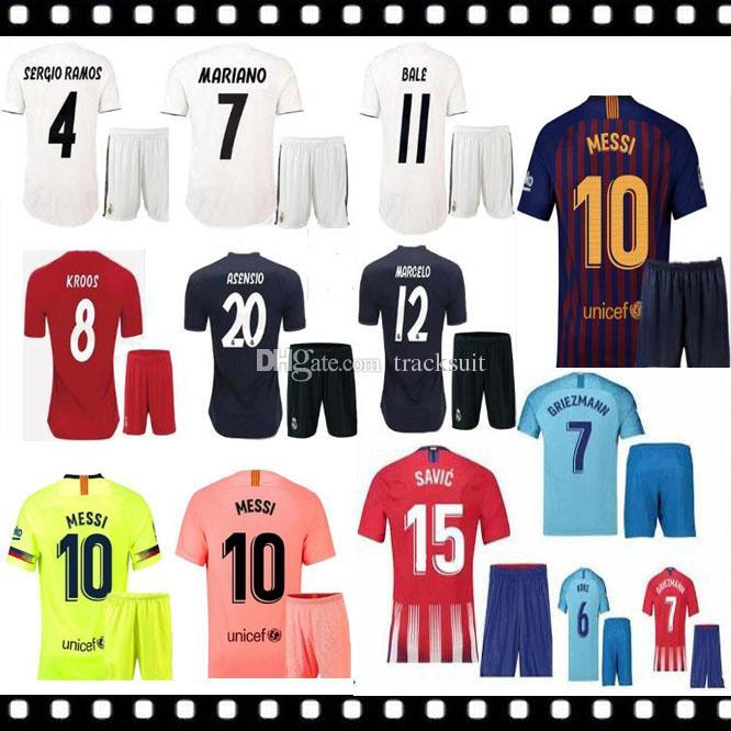 innovative design fb1d8 5694d 18 19 Real madrid MODRIC soccer jerseys adult kit with sock ASENSIO RAMOS  BENZEMA 2018 2019 new ISCO KROOS football shirtS set