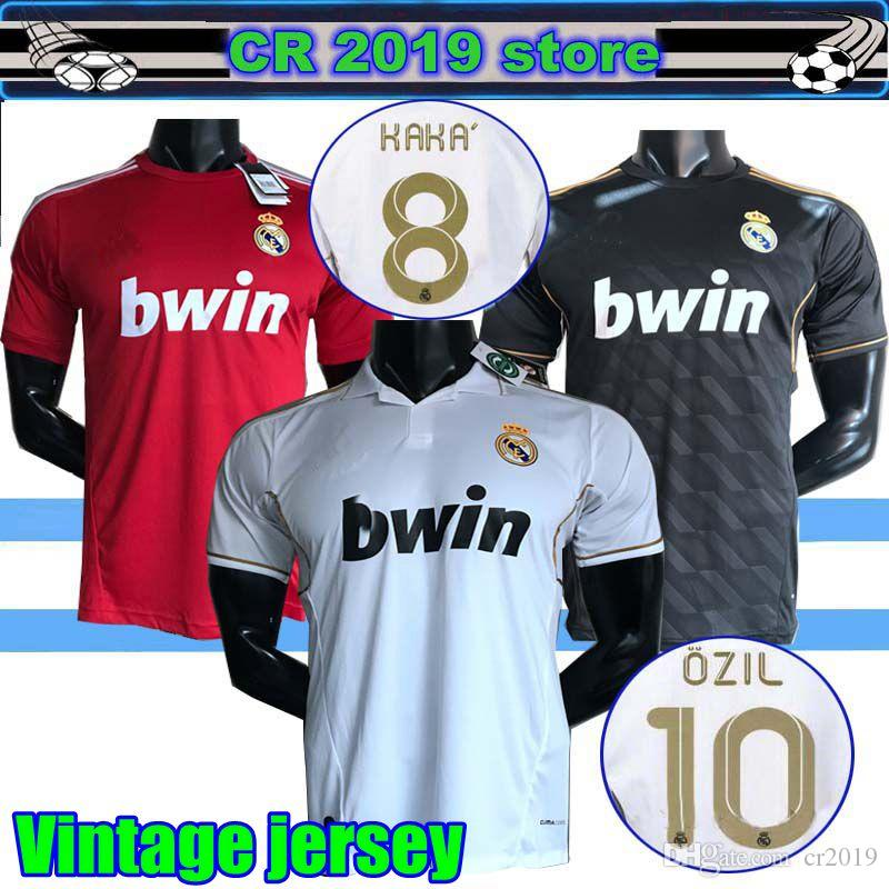 b28d92b94 2019 Vintage Jersey Retr05 06 Real Madrid Home Soccer Football Jersey Short  Sleeve Sergio Ramos KAKA ZIDANE Beckham 11 12 RAUL Long Sleeve Jersey From  ...