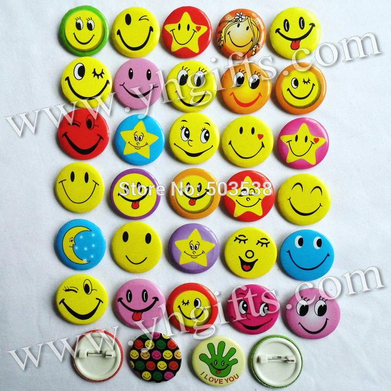 150PCS/LOT,4 5cm(1 7 inch),Mix smile face brooches,Cloth pins,Students  reward,Button,Team logo,Goody bag Badge Promotion gift