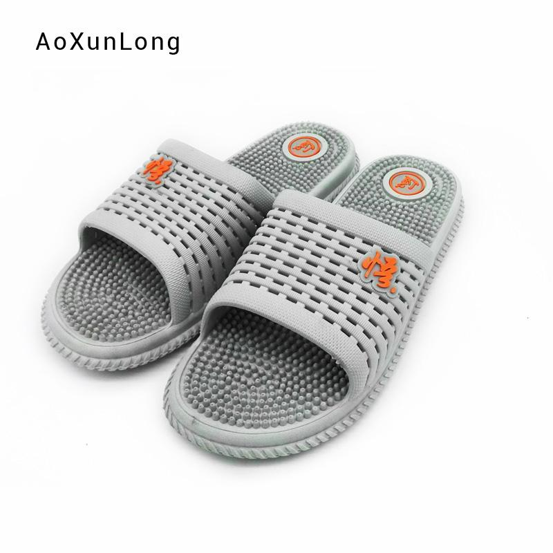 0e38e7001d222 2019 New Men's Summer Bathroom Slippers China Confucian Style fretwork  Beach Sandals Casual Flat Non-slip slippers for Male