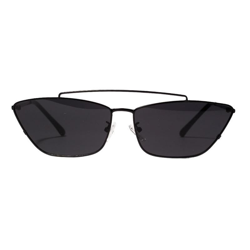 edf35ee924 Compre 2019 Mujeres Irregular Moda Transparente Retro Coloreado Gafas  Clásicas Marco De Metal Lente Gafas De Sol AC Para Mujeres Hombres UV400 A  $33.62 Del ...