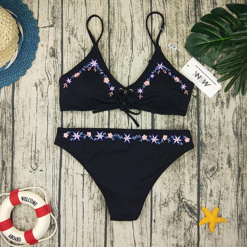 2019 Preto Avançado Bordado Biquíni Set Mulheres MM Sexy New Verão Backless Swimsuit Feminino V Neck Bather Terno Praia Biquini