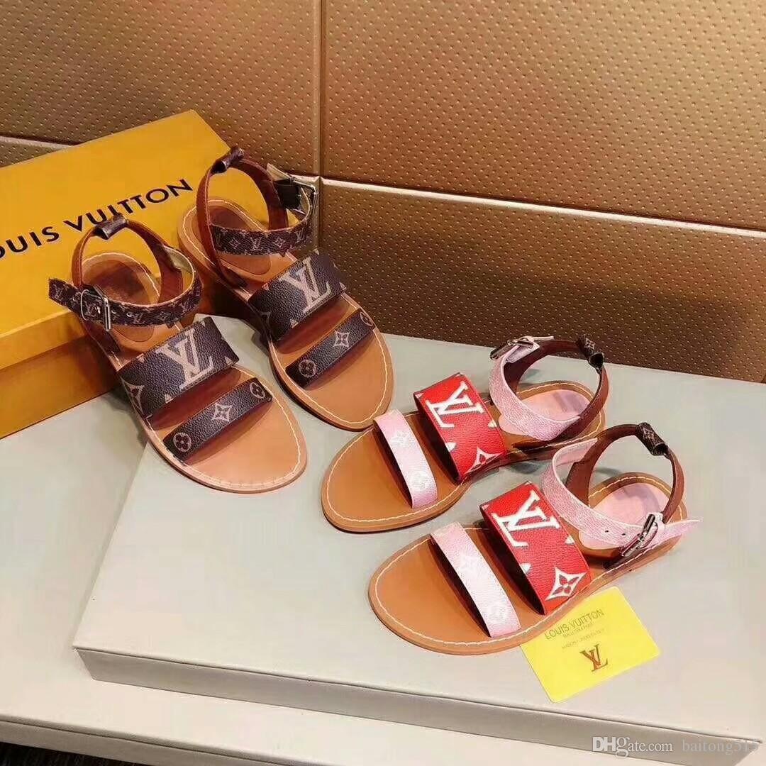 99fde3be3 2019 Primavera Y Verano Nuevas Sandalias Para Mujer Diseñador De Moda  Chanclas De Cuero Clásicas Zapatillas Con Caja A $56.29 Del Baitong515 |  DHgate.Com
