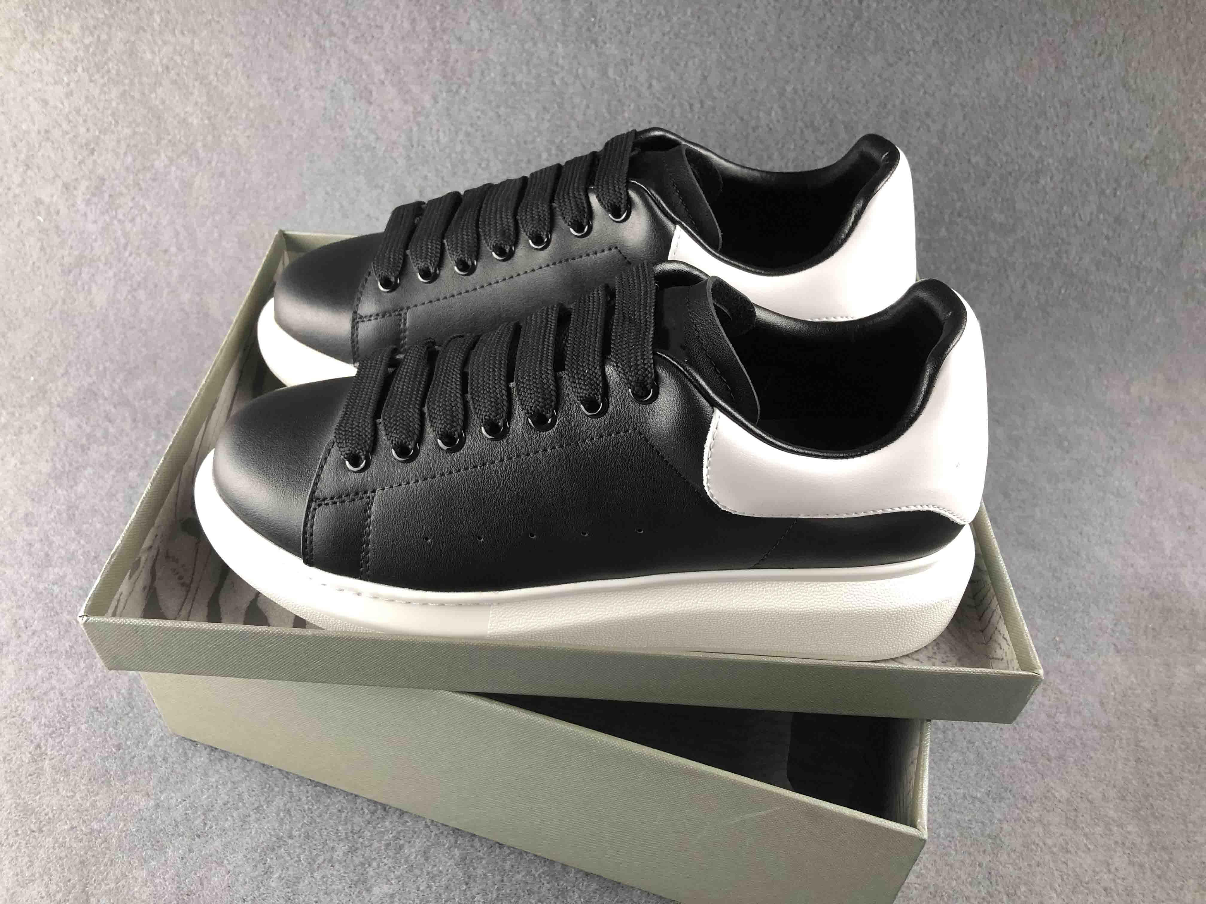 fashion designer shoes Genuine Leather Designer Sneaker Casual Shoes woman mans lady boy girl shoe best dress shoe hike shoe d09