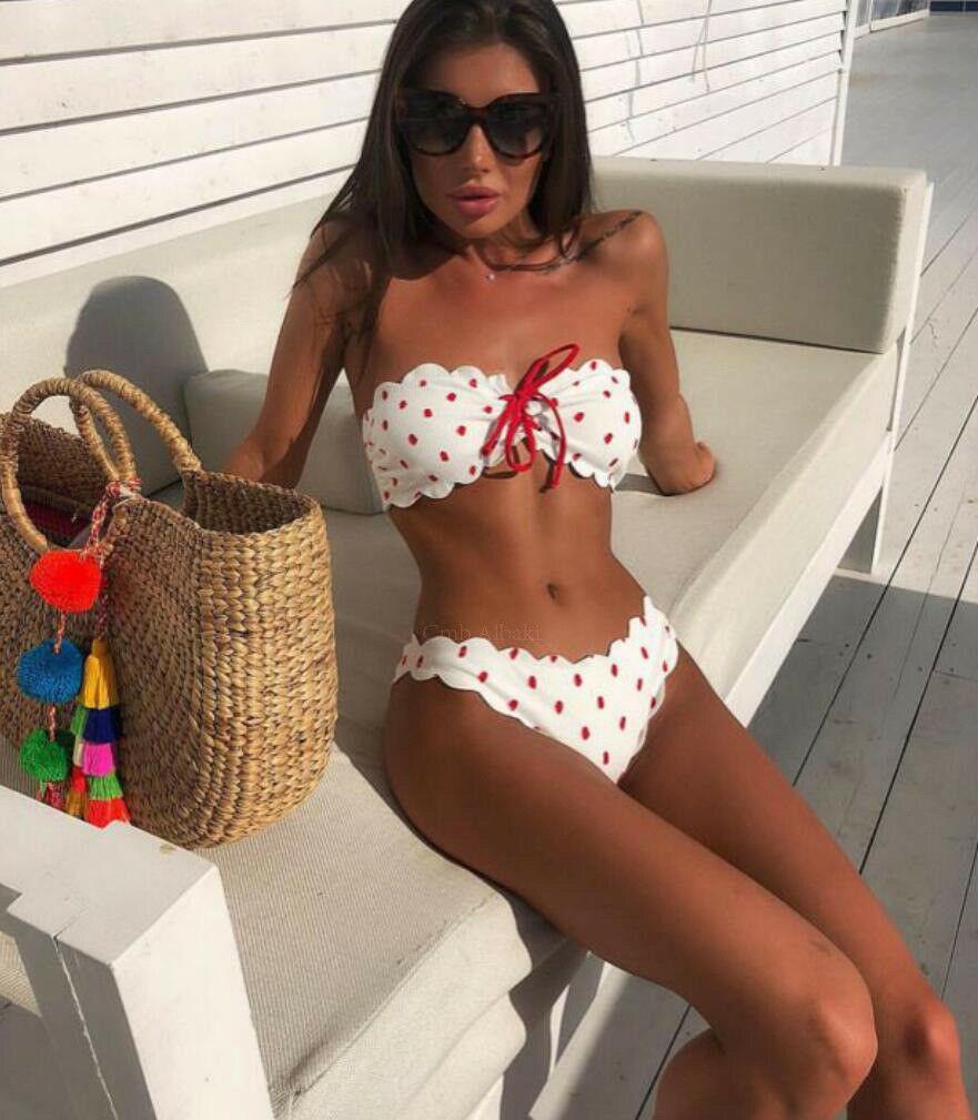 b8425ddd6f8f 2019 Traje de baño de verano Traje de baño Mujeres Bikini acolchado  Conjunto Sin tirantes Push-up Sujetador acolchado Bandeau Sexy Mujer  lunares ...