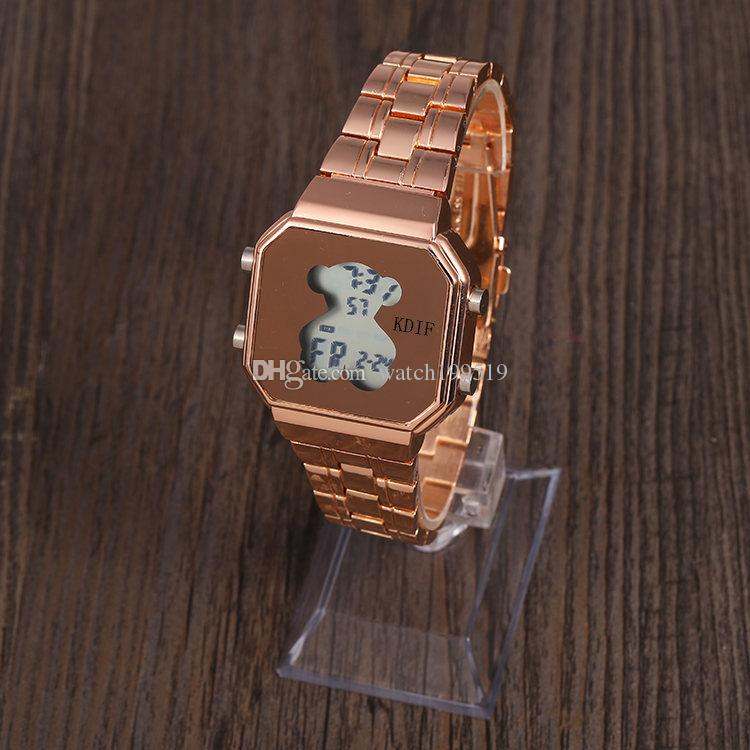 Compre Alta Calidad Luz Fría Caliente Casual Moda Tira De Acero LED Cuarzo  Reloj Para Mujer Reloj De Oso Cuadrado TECHNOMARINE A  10.16 Del  Watch199519 ... ba100452a7d3