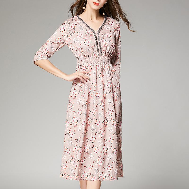 f32fc500c6b83 Summer silk dress new style 2019 European and American high-grade genuine  high-waist printing silk V-collar 7-sleeve pendulum long skirt