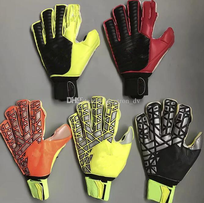 Gants de gardien de but de football professionnel Finger Ptotection Top Gants de gardien de but en latex pour hommes enfants Gants de sport de volley-ball en latex # 5- # 10