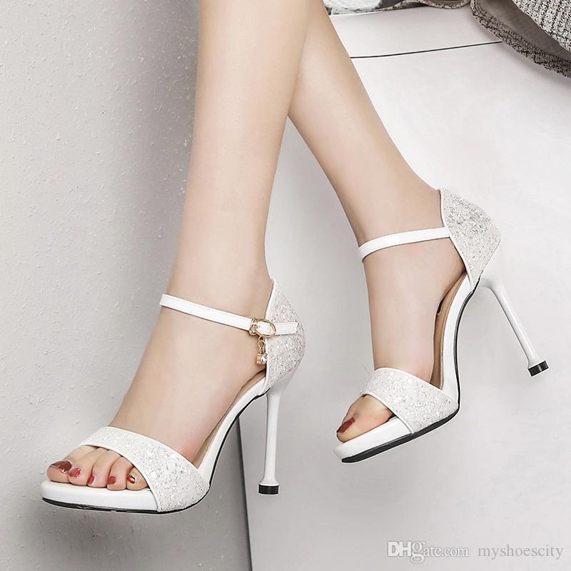 a53f77932 Compre 10 Cm De Prata Sapatos De Saltos De Casamento Da Noiva Branca De  Moda De Luxo Designer De Mulheres Sapatos De Salto Alto Tamanho 35 A 40 De  ...